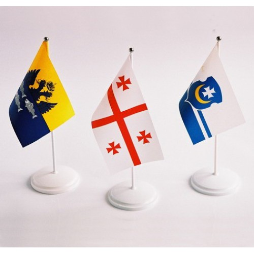 Флаги стран мира настольные 24*12 см с двухрожковой подставкой